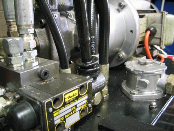 Hydraulic Pumps - Pumps and motors